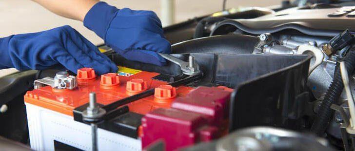 De ce apar probleme la bateria auto?